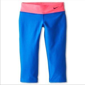 NWT Girls Nike Legend Crop Leggings Size XL